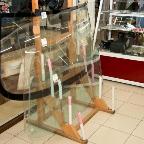 Лобовое стекло