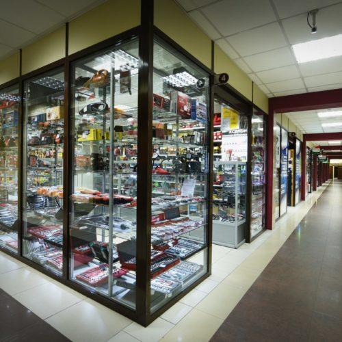 Павильоны в торговом центре Автомир